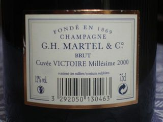 GH MARTELL Victoire 2000 back label