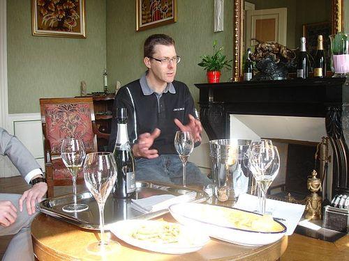 Alexandre describing his champagnes